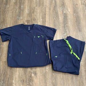 Med Couture Scrub Set-Sz Top L, Pants L Petite-EUC